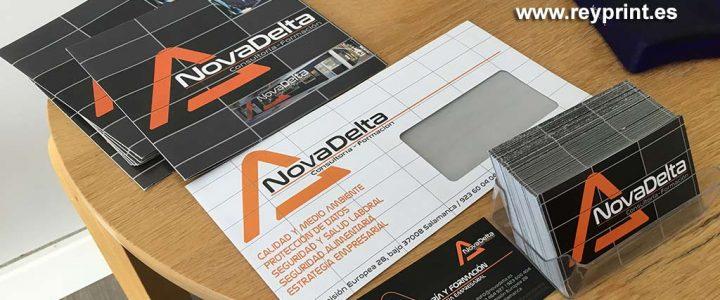 Sobres, folletos y tarjetas para Novadelta